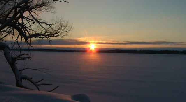 february 8th, 2013, sunrise over frozen green lake 012