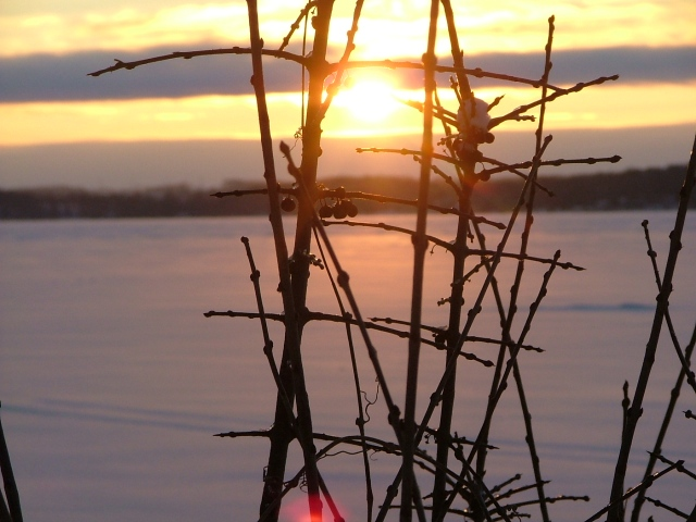 february 8th, 2013, sunrise over frozen green lake 023