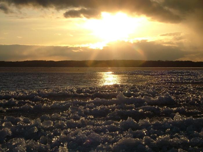 icy evening april 2013 016